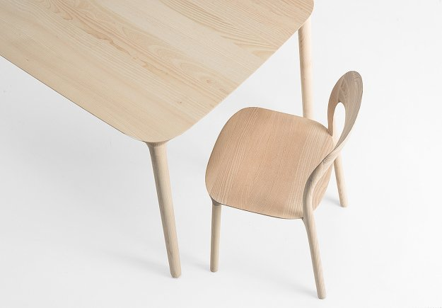 Elle table and chair by Natasa Perkovic
